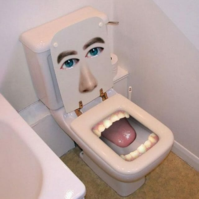 FUNNY_TOILETS_LONMED_2549_02