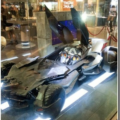 festival walk batman vs superman